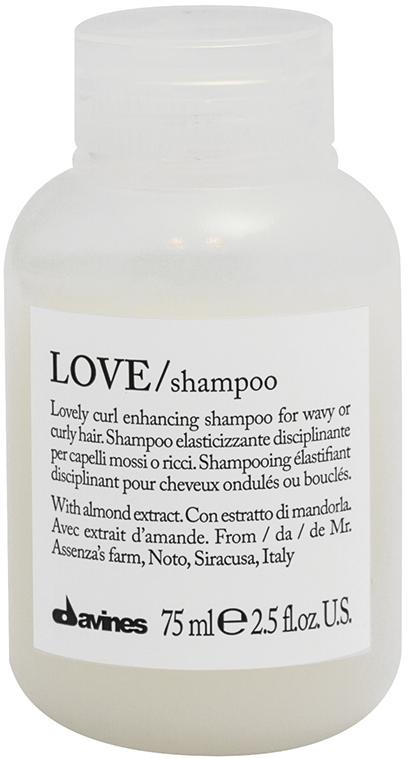 Budgetprodukten: Davines Essential Love Curl Shampoo